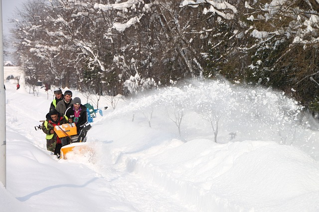 are snow blowers safe