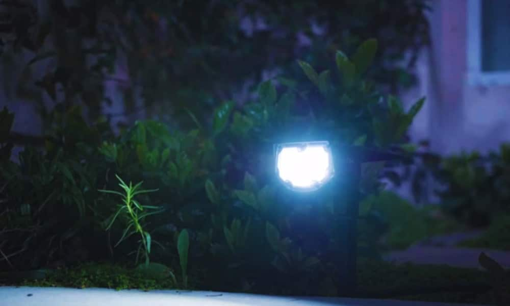 Best Overall 5 Brightest Solar Spot Lights For Your Outdoor Space – 2020