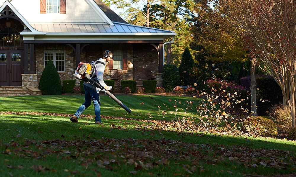 Our Pick for the Most Powerful Leaf Blowers of 2020