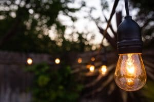 The Best Outdoor Light Bulbs for Cold Weather