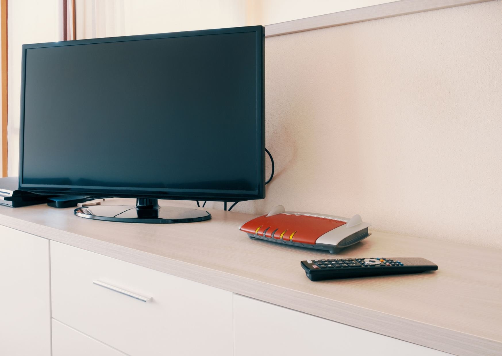 Photo of smart tv and wifi router