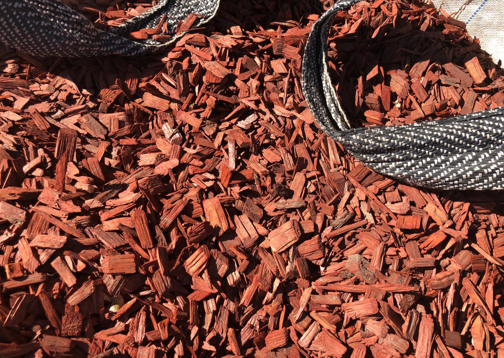 an organic mulch