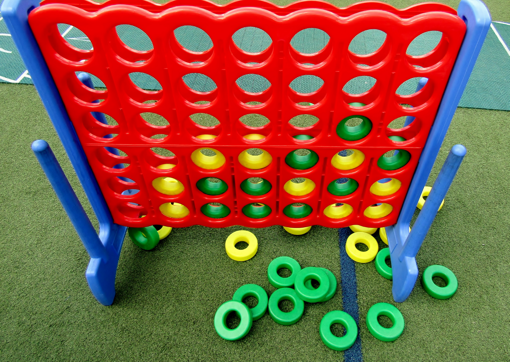 a giant lawn connect of The Three Best Giant Connect Four Lawn Games to Encourage Backyard Fun