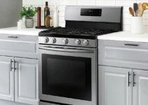 Does a gas oven need a regulator?