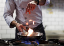 Do chefs prefer gas or electric stoves?