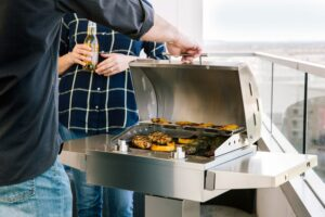 Cooking food using electric grill