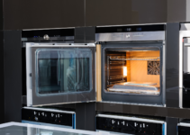 Should you leave oven door open to cool?
