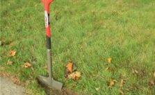 Photo of Manual lawn Edger
