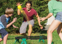 Spike N Smash Lawn Game