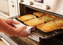How to Use Oven as a Toaster
