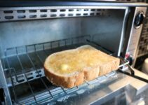 How Much Energy Does a Toaster Oven Use vs. a Regular Oven?