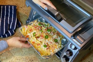 How To Use Hamilton Beach Easy Reach Toaster Oven?